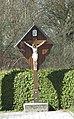 Kreuz auf dem Friedhof in Eitting.jpg