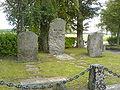 Löts kyrka och Tamms släktgrav.JPG