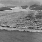 La Perouse Glacier, tidewater glacier terminus with seracs and icefall in the background, September 16, 1972 (GLACIERS 5574).jpg