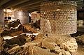 La crypte archéologique du Parvis de Notre-Dame (Paris) (8274683584).jpg