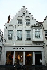 Laatgotisch diephuis - Geldmundstraat 26 - Brugge - 29281.JPG