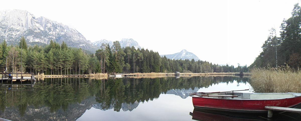 Lago di fi wikipedia for Immagini di laghetti