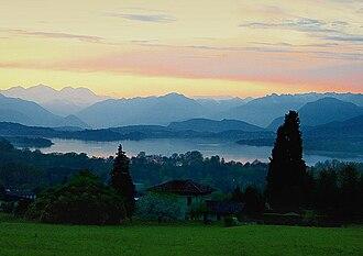 Lake Varese - Image: Lagodivarese 02
