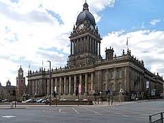 Leeds Town Hall, Victoria Square (geograph 3485890).jpg