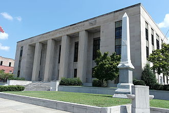 Lenoir County, North Carolina - Image: Lenoir County Courthouse
