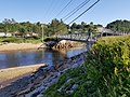 Les Escoumins-2018-Pont piétonnier voisin du pont de la route 138 au village.jpg