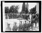Lindbergh (Tomb of Unknown), 6-12-27 LCCN2016843104.jpg