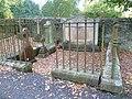 Liston family graves, Ecclesmachan.jpg