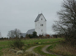 Loenborg church.jpg
