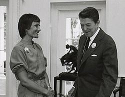 Loret Ruppe and Ronald Reagan in 1981.jpg