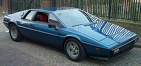 https://upload.wikimedia.org/wikipedia/commons/thumb/0/0a/Lotus_Esprit_S2_1980.jpg/280px-Lotus_Esprit_S2_1980.jpg