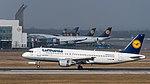 Lufthansa Airbus A320-214 D-AIZA MUC 2015 01.jpg