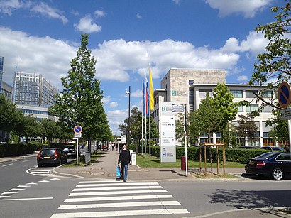 How to get to Centre Hospitalier Du Kirchberg with public transit - About the place