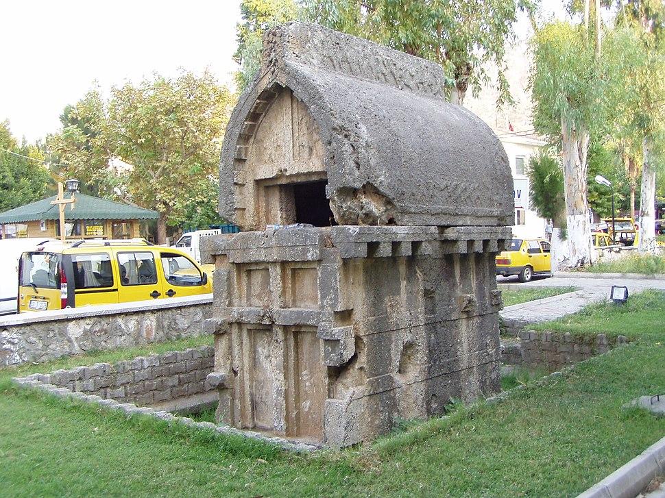 Lycian Sarcophagus Fethiye - Mugla - Asia Minor, Turkey - πρώην Μάκρη, Μικρά Ασία, Τουρκία - panoramio