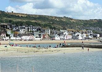 Lyme Regis - Image: Lyme regis general view arp