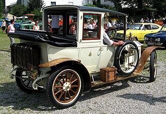 Landaulet (car) - Image: MHV De Dion Bouton Landaulet 1908 02