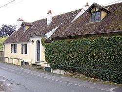 Maison Mac Orlan St Cyr-sur-Morin-2007.jpg