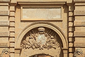 Mdina Gate - Inscription and Vilhena's coat of arms