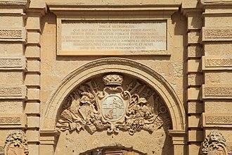 Mdina Gate - Inscription and Vilhena's coat of arms