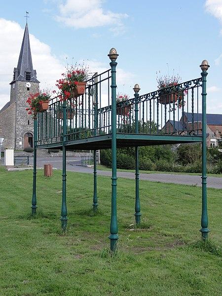 Marbaix (Nord, Fr) kiosque à musique