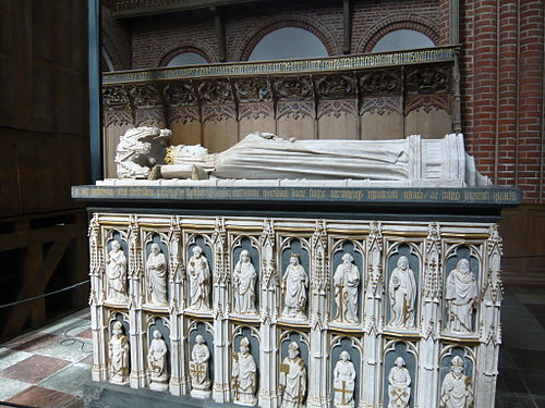 The sarcophagus of Margrethe I. - Roskilde Cathedral