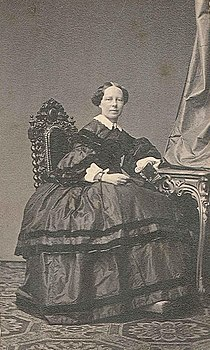 Marie Gräfin Neipperg.JPG