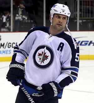 Mark Stuart (ice hockey) - Stuart with the Winnipeg Jets in 2013
