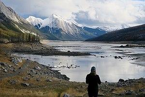 Medicine Lake (Alberta) - Image: Medicine Lake 03