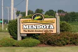 Sign leading into Mendota Mendota Location in Illinois
