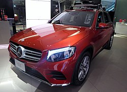 Mercedes-Benz GLC250 4MATIC Sports (X253) front.JPG