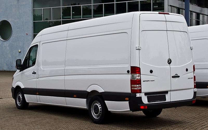Mercedes-Benz Sprinter Kastenwagen 313 CDI (W 906, Facelift) %E2%80%93 Heckansicht, 8. September 2013, B%C3%B6sensell.jpg