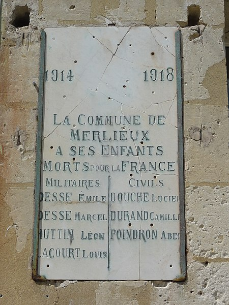 Merlieux-et-Fouquerolles (Aisne) plaque monument aux morts sur la mairie