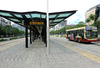 Metrobus stop at Santa Fe and Avenida 9 de Julio in Buenos Aires, Argentina (15321899523).png
