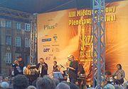 """Michał Urbaniak (skrzypce) na XIII festiwalu """"Jazz na Starówce"""" (2007)"""