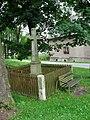 Michalovice, kříž.jpg