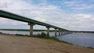 Iowa Highway 415 - Iowa 415 crosses Saylorville Lake over the Mile Long Bridge