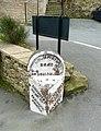 Milestone, Dunford Road, Holmfirth (Wooldale) - geograph.org.uk - 751355.jpg