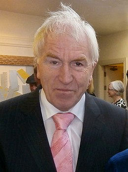 Minister Jimmy Deenihan at the Feile na Greine Festival, Tech Amergin, Waterville, Co Kerry. 2012.JPG