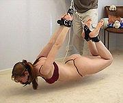 bondage avec des chaînes, variation BDSM