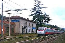 Montaguto station - Frecciargento train.jpg