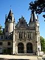 Montlévêque (60), château façade ouest face à la chapelle.jpg