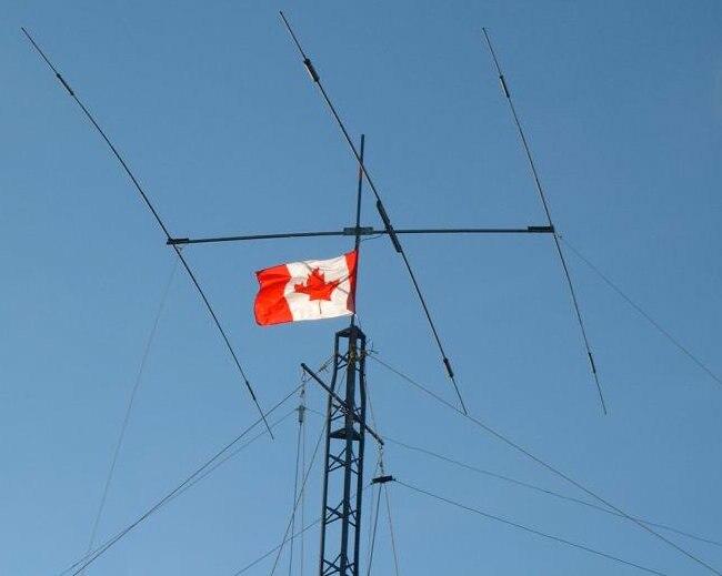 Montreal-tower-top.thumb2-crop