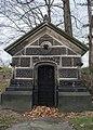 Morgan Mausoleum - Lake View Cemetery - 2014-11-26 (17036348394).jpg