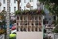 Moscow, New Arbat Street - public bookcase (41778200550).jpg