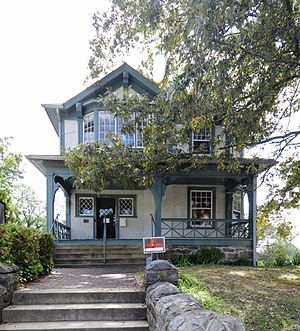 National Register of Historic Places listings in Buncombe County, North Carolina - Image: Mrs Minnie Alexander Cottage