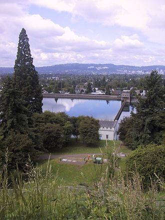 Mount Tabor (Oregon) - Image: Mt Tabor Park reservoir Portland Oregon