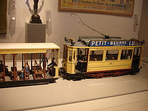 Nantes tramway - A model of a Nantes electric tram set in the Nantes History Museum
