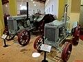 Museu Agromen de Tratores e Implementos Agrícolas, localizado no complexo do Centro Hípico e Haras Agromen em Orlândia. Tratores Case modelo L e A. - panoramio.jpg
