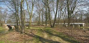 Muskauer-Park-Doppelbrücke-1.jpg