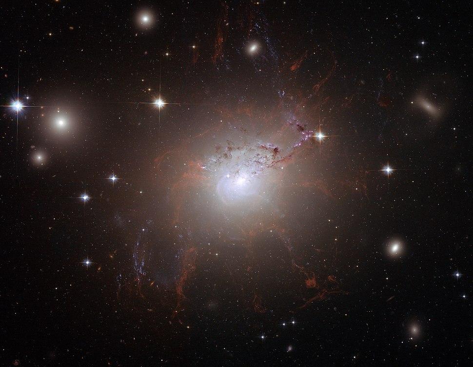NGC 1275 Hubble